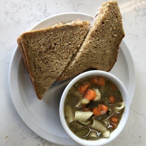 Sandwich soup